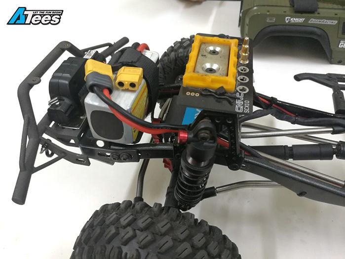 Boom Racing Stealth Wireless Magnetic LED Body Mount for SCX10 II