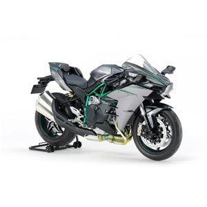 Tamiya Kawasaki Ninja H2 Carbon Plastic Model Kit