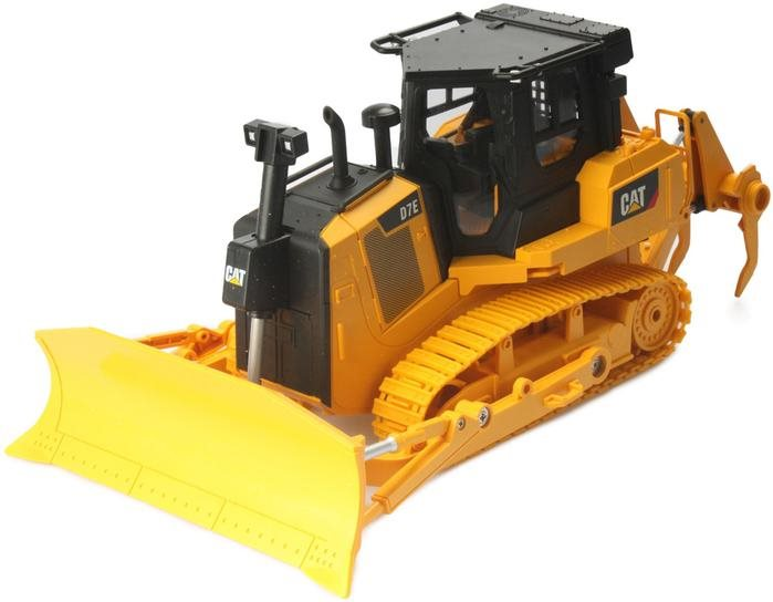 Diecast Masters Cat 1/24 Scale Rc D7e Track Type Tractor